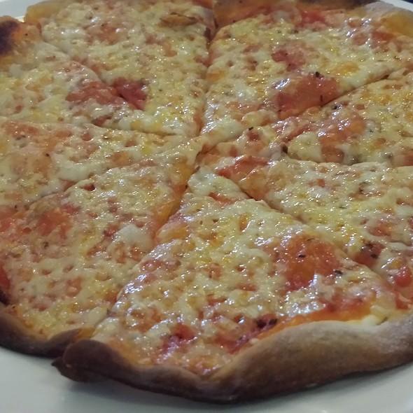 Margherita Pizza @ Spaghetti Kitchen