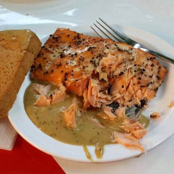 Smoked salmon @ Hamburger Fischmarkt