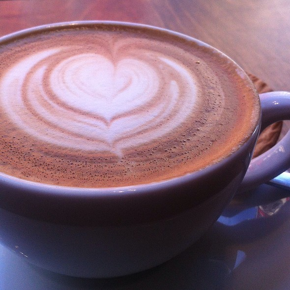 Cappuccino @ Double Eye