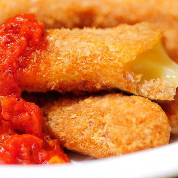 Mozzarella Sticks @ Nomnomnom Happy Food