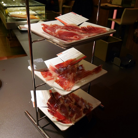Jamón Ibérico Joselito Tasting Platter @ Álbora