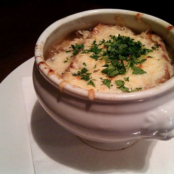 Sopa de Cebolla @ Le Petit Bistrot