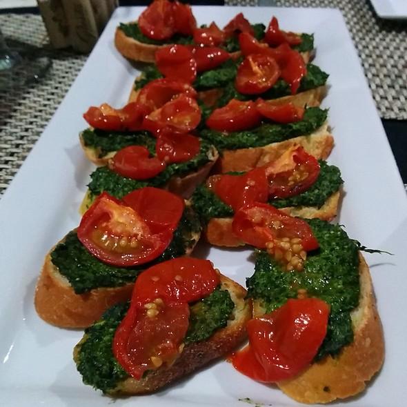 Winter Pesto Bruschetta With Tomato Confit @ I Forgot It's Wednesday