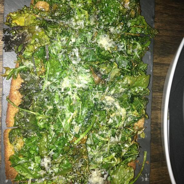 Arugula/Kale Flatbread @ The Cellar At Beecher's
