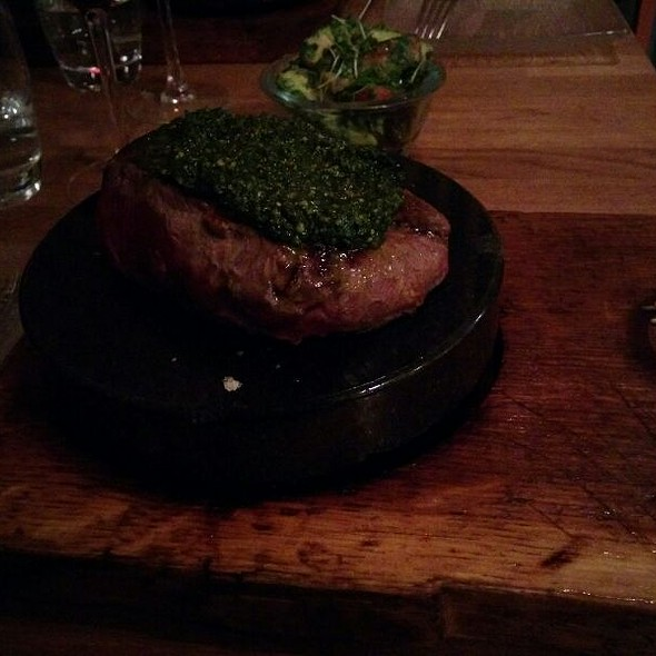 Rumpsteak On A Stone @ Rustic Stone