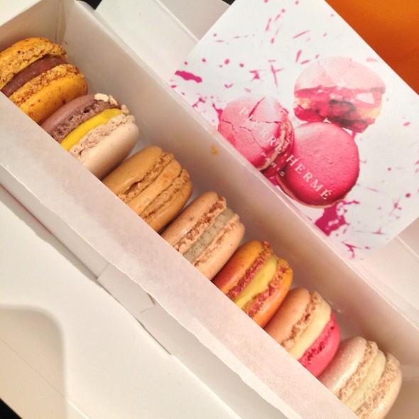 Assorted Macarons @ Pierre Hermé