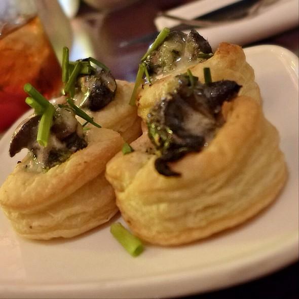 Escargot Poppers - Restaurant Epic, Honolulu, HI