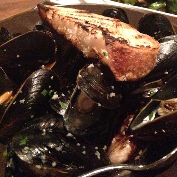 Mussels - Metro Lafayette, Lafayette, CA
