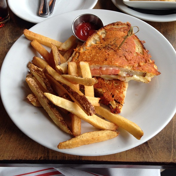 Grilled Cheese Sandwich - AOA Bar & Grill, New York, NY