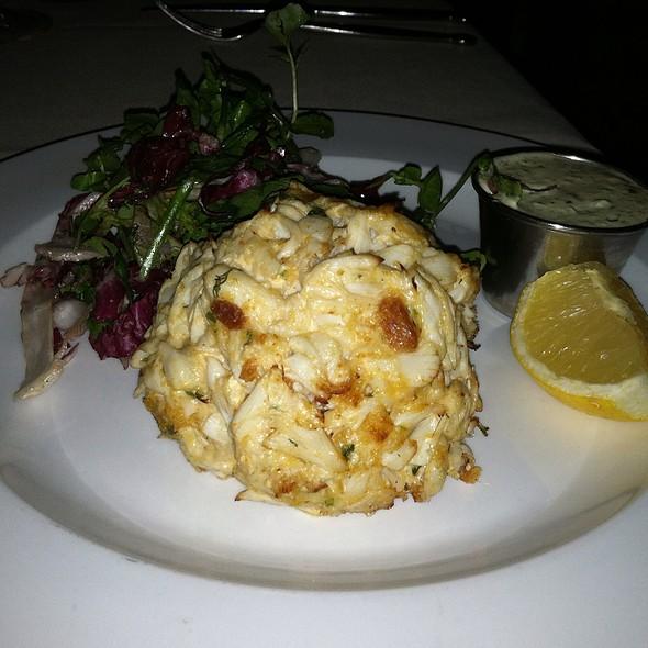 Super Lump Crab Cake, Lemon Caper Aioli