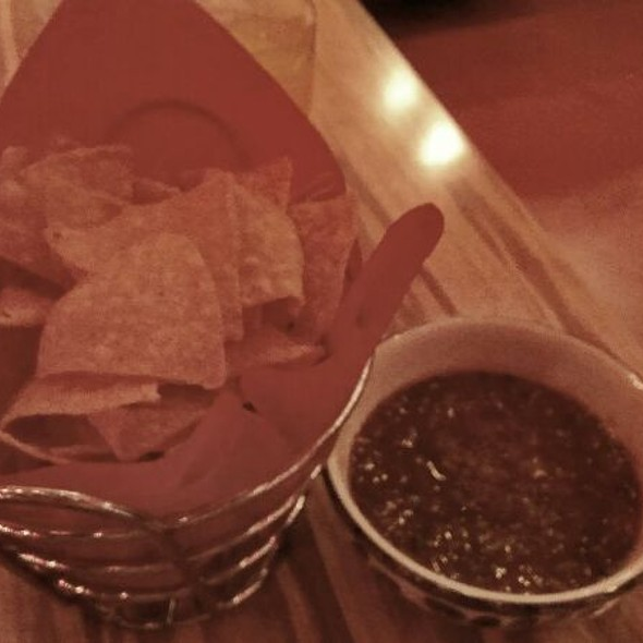 Chips and Salsa @ China Poblano