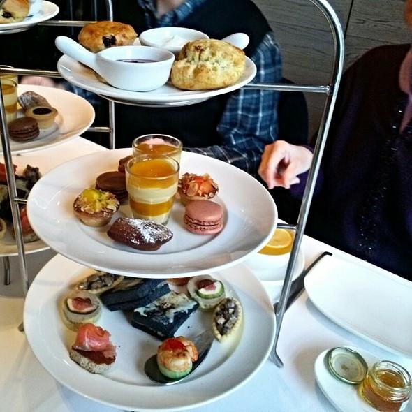 High Tea Set @ Agnès b. Le Pain Grillé