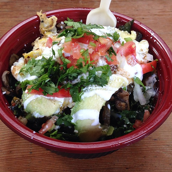 Vegetable Bowl (Sub Kale For Rice) @ Mixto