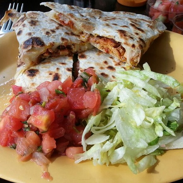Chicken Quesadilla @ Tropisueno