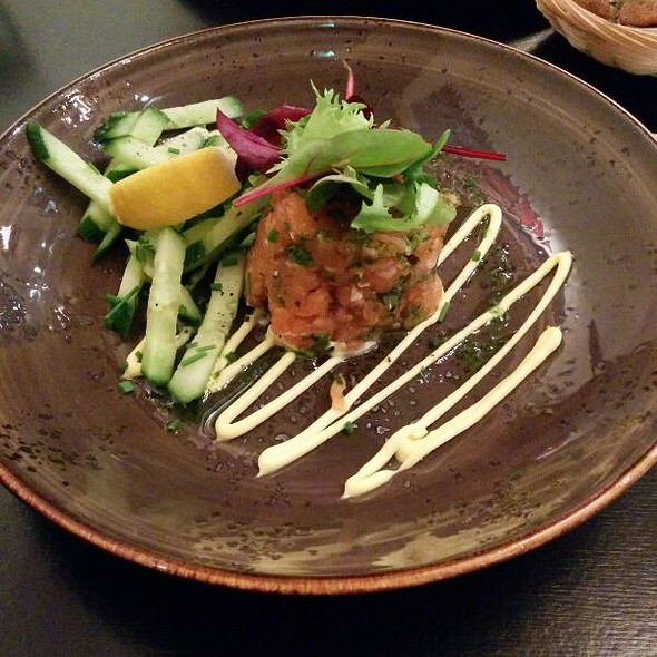 Raw Salmon Tartare
