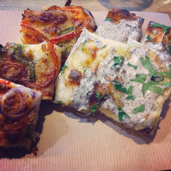 Pizza @ Al Taglio