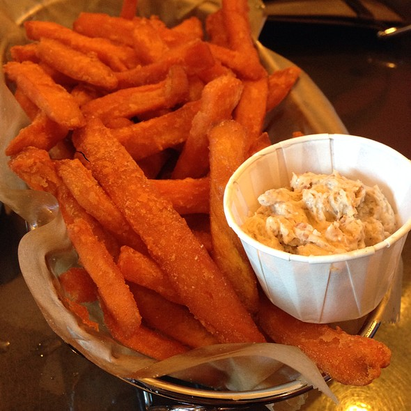 Sweet potato fries @ Illegal Burger Co.