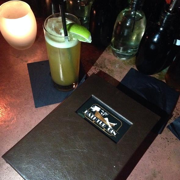 El Diablo cocktail - Bathtub Gin, New York, NY
