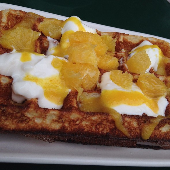 Waffles with fruit yogurt @ Linea Caffe