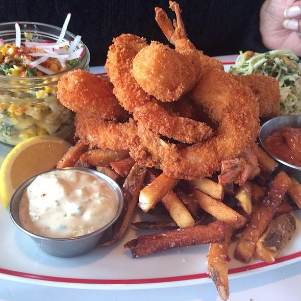 Carolina Whites Fried Shrimp @ Farmers Fishers Bakers