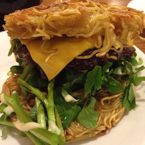 Saimin Burger