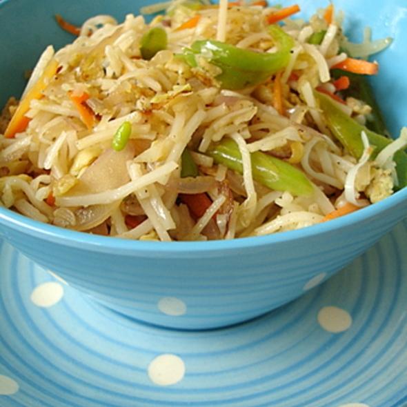 Vegetable & Egg Noodles @ Sumo