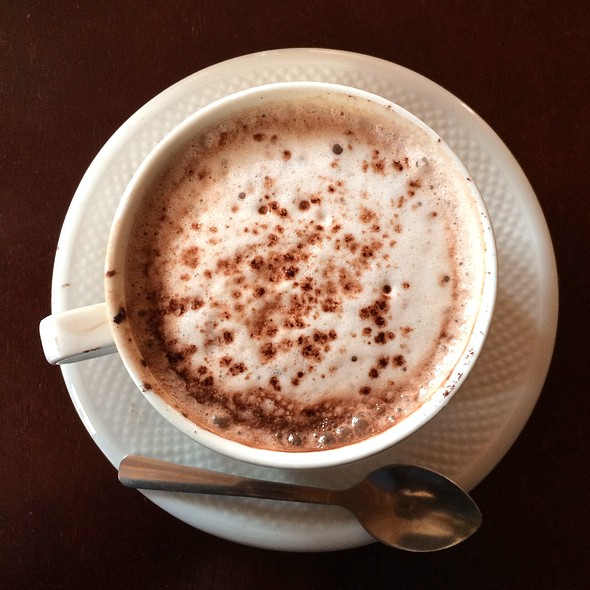 Hot Chocolate @ Creperie Beau Monde