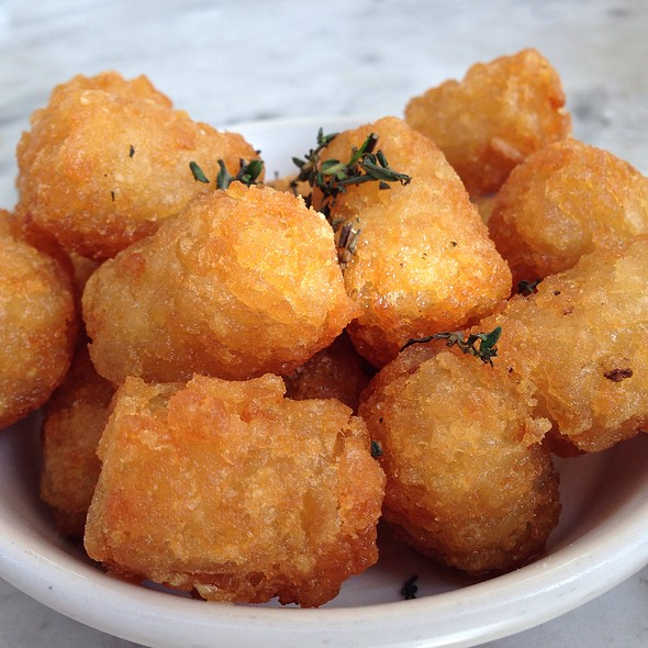 Tater Tots @ Cheeky's