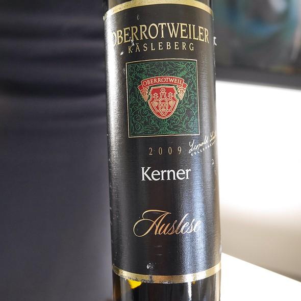 Oberrotweiler Sweet Wine @ LH418 FRA-IAD