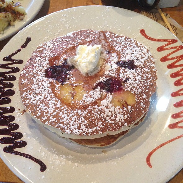 Banana-Blackberry Pancakes @ Sin of Cortez