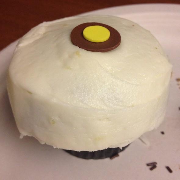 Lemon & Ginger Cupcake