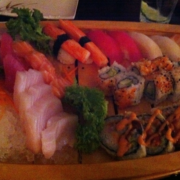 Sushi @ Sachi Sushi