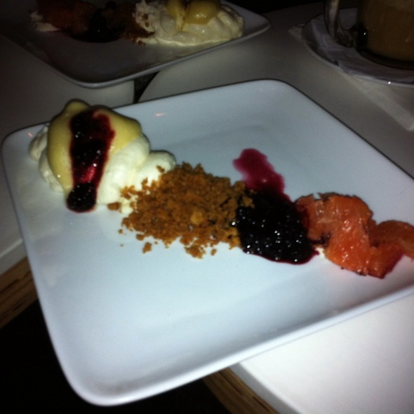 Unassembled Cheescake @ Spot Dessert Bar