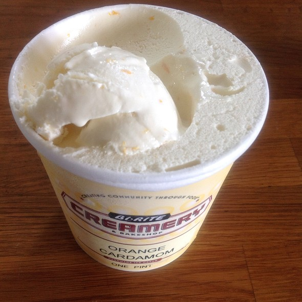 Orange Cardamom Ice Cream @ Bi-Rite Creamery