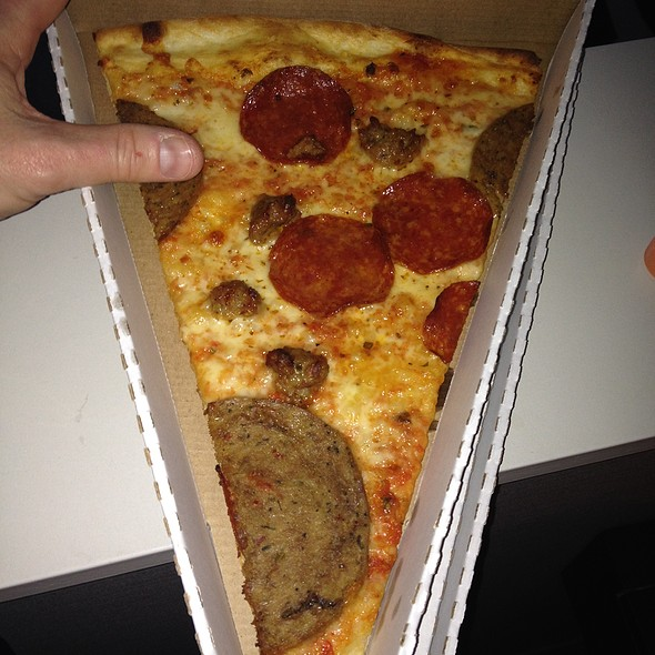 Meatlovers pizza @ PIN-UP PIZZA