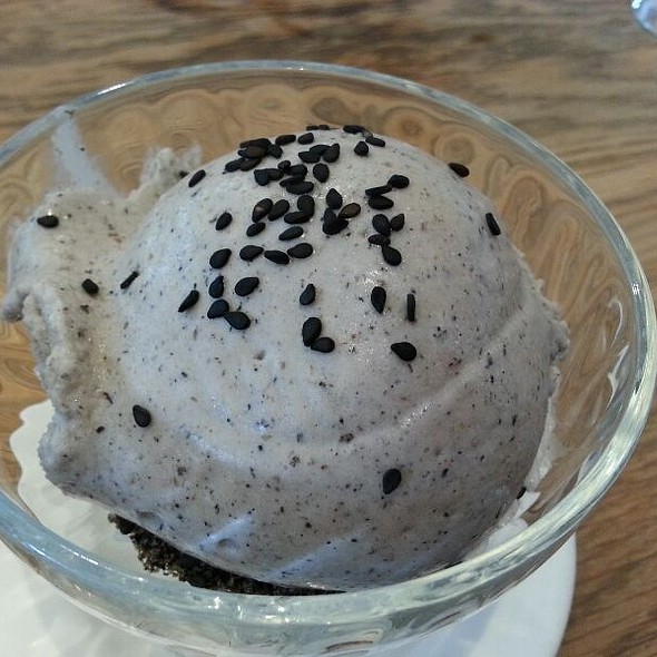 Black Sesame Icecream @ Din Tai Fung Restaurant