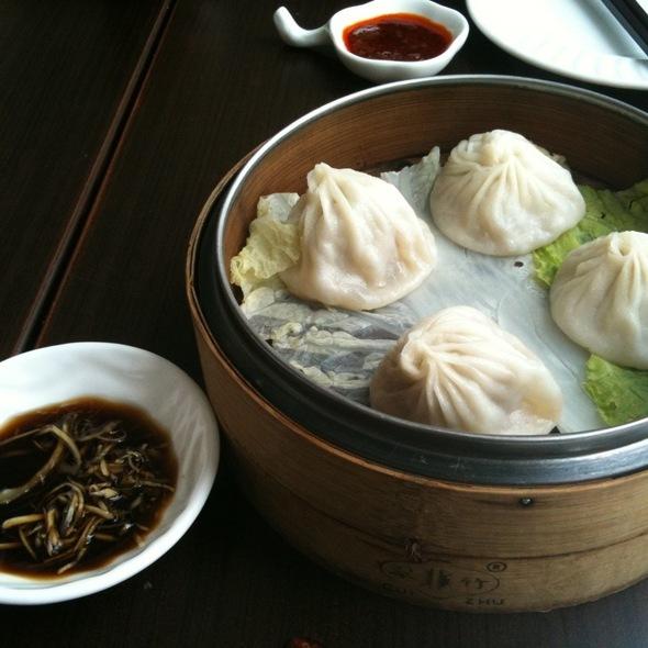 Shanghainese Dumpling @ Dragon-i
