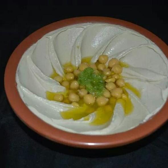 Hommus @ Hashem Hashem