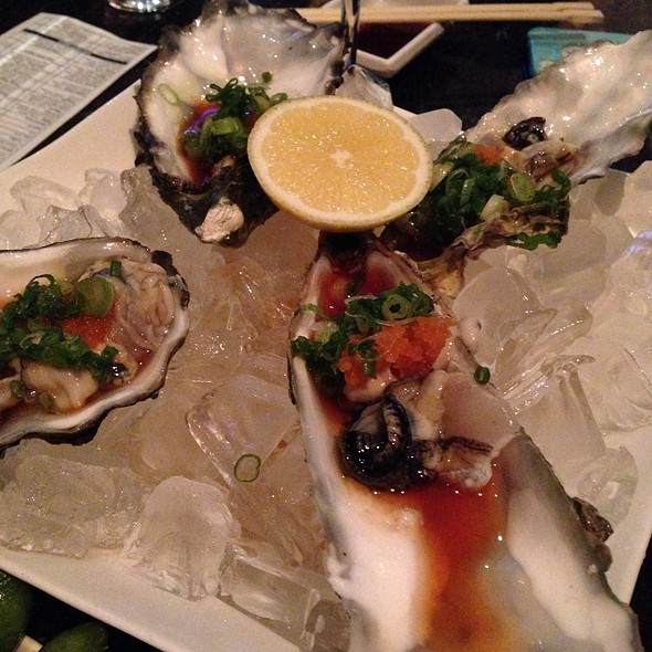 raw oysters - Rok Sushi Kitchen, Hermosa Beach, CA