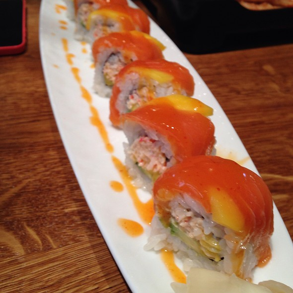 Tropical Roll @ Fish And The Knife