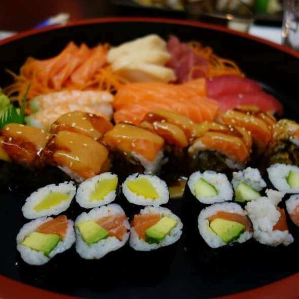Mixed Sushi @ NOI* Sushi Restaurant