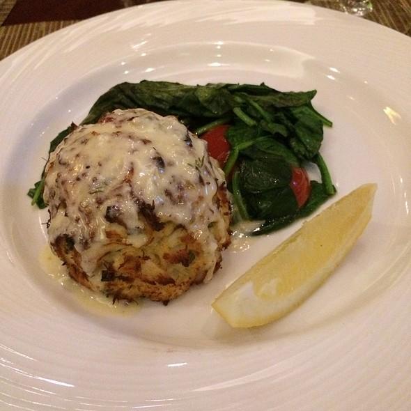 crab cake - Diamond Tavern - Hilton Baltimore, Baltimore, MD