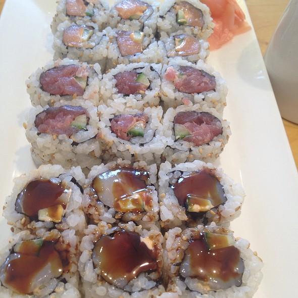 Spicy Maki Combo @ Fish Market Sushi Bar