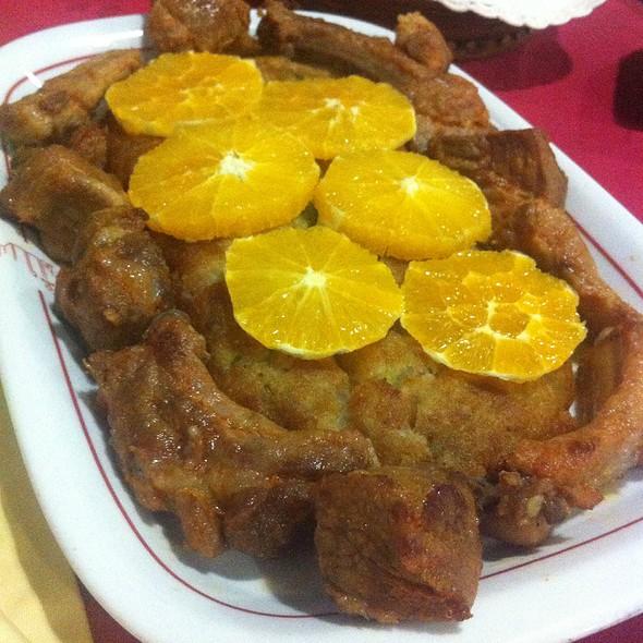Migas de Espargos com carne de alguidar @ Restaurante A Talha De Azeite