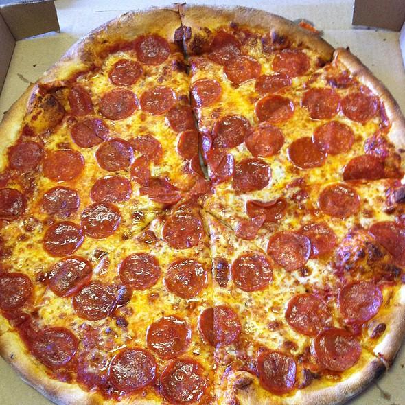 Pepperoni Pizza @ Brooklyn Joe's Pizza Pasta & Grill