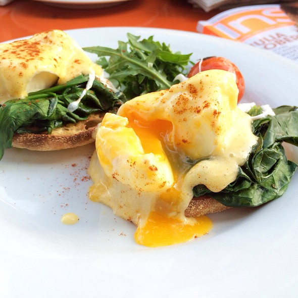 Eggs Florentine @ Melbourne Canteen