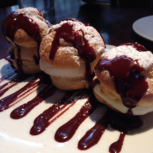 Profiteroles - Va de Vi Bistro & Wine Bar, Walnut Creek, CA