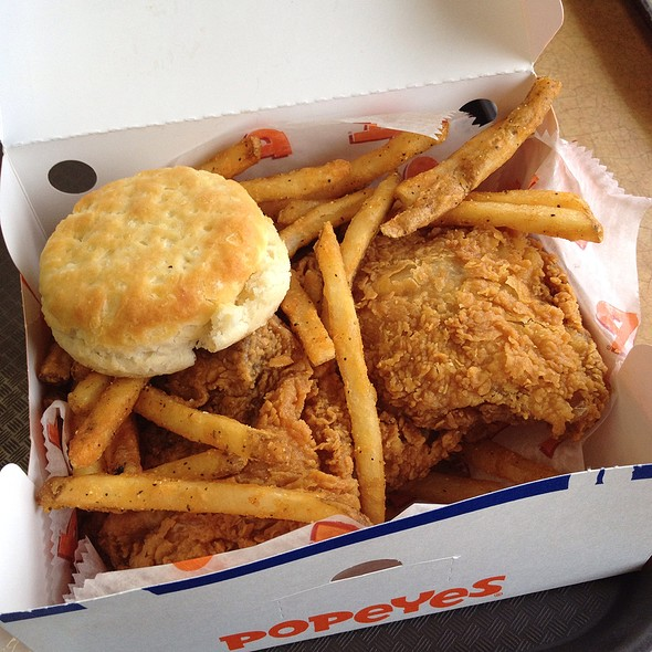 fried chicken @ Popeyes Chicken