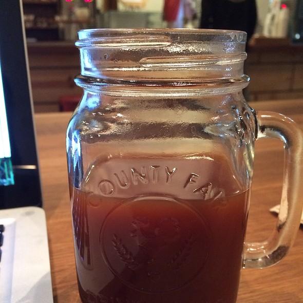 el salvador coffee @ Andante Coffee Roaster