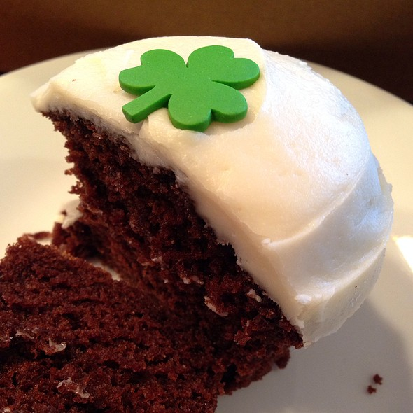 Irish Cream Cupcake